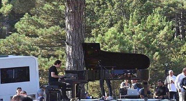 Dünyaca ünlü piyanist Fazıl Say, çevre katliamına dikkat çekmek amacıyla bugün Kaz Dağları'nda konser verdi.