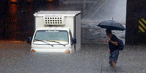 Sular Altında Kalan İstanbul İçin 'Rapor' Tartışması: Meteoroloji'den 'Geç Kalmışlar' Diyen İmamoğlu'na Yanıt