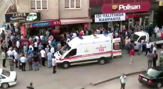 Çevredekilerin ihbarı üzerine olay yerine polis ve sağlık ekipleri sevk edildi.