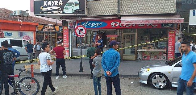 Korkunç olay 18 Ağustos günü akşam saatlerinde Menderes Caddesi üzerindeki bir kafede yaşandı.