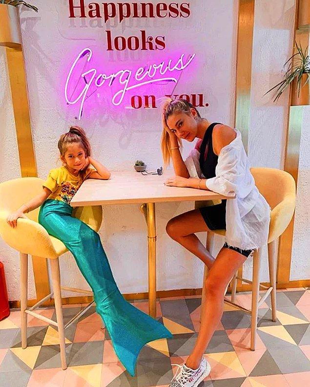 5. Şeyma Subaşı olmasa magazin dünyası kendini yok eder. Bu kez de kızı Melisa'ya giydirdiği deniz kızı kıyafeti sebebiyle gündem oldu Şeyma.
