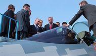 Moskova'da MAKS-2019 Fuarına Katılan Erdoğan ve Putin, Rus Savaş Uçağı SU-57'yi İnceledi