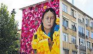 İklim Aktivisti Thunberg'in Portresi, Kadıköy'de Bir Binanın Duvarına Resmedildi