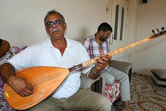 Şarkıyı zamanında notere de tasdiklettiğini söyleyen Akan şarkının acıklı bir hikayesi varmış.