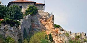 Tarihi Alanya Kalesi'nin Surları Yıkıldı: İzinsiz İnşaat Yapan Avusturyalı Hakkında Suç Duyurusu