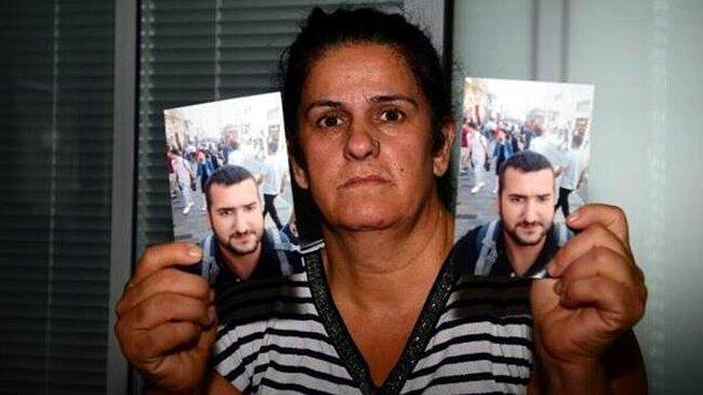 Ölen çocukların çoğunun üçüz dördüz olduğunu söyleyen Çelikünal, hem tiyatroya gidip hem de evine bakıyormuş.