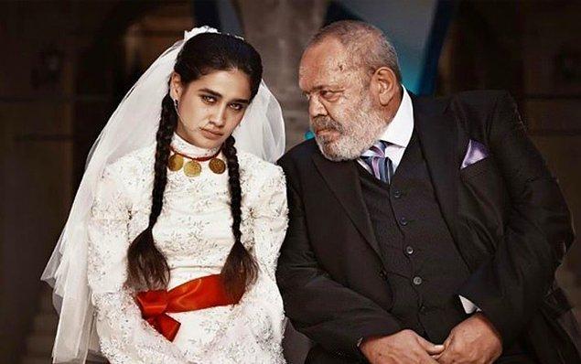 Hayat Devam Ediyor dizisinde yaşlı biriyle zorla evlendirilen çocuk gelin Hayat'ın hikayesi bir dönem hepimizi etkilemiş, ekran başına kitlemişti.