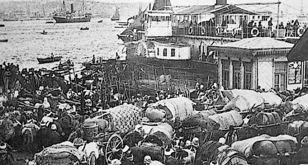 1934 - Mübadele Komisyonu görevini tamamladı. Anadolu ve Trakya Rumları ile Yunanistan Müslümanlarının mübadelesini düzenlemekle görevli Komisyon 7 Ekim 1923'te kurulmuştu.