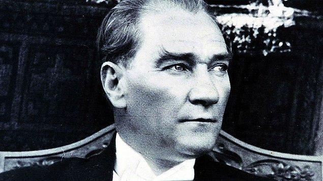 1978 - 1981 yılı UNESCO tarafından Atatürk Yılı ilan edildi.