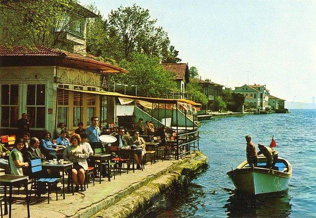 8. Kanlıca İsmailağa Kahvesi, İstanbul, 1970'ler.