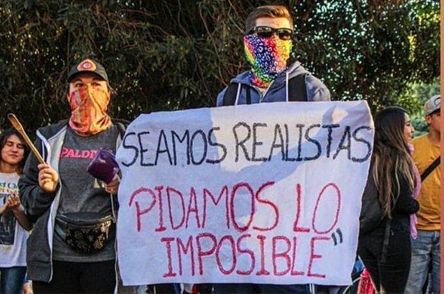 """17. """"Gerçekçiyiz, imkansızı istiyoruz"""""""