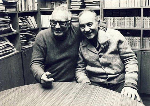 13. Türkiye'nin iki büyük yazarı Vedat Türkali ve Yaşar Kemal, İstanbul, 1982.