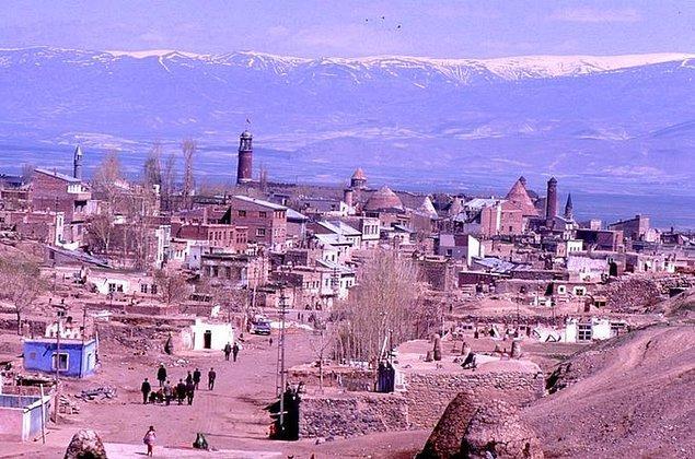 17. Erzurum'dan genel bir görünüm, 1969.
