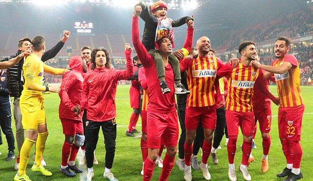 Bu sonucun ardından İstikbal Mobilya Kayserispor yeni teknik direktörü Bülent Uygun yönetiminde bu sezon ligde çıktığı ilk maçta ilk galibiyetini almış oldu.