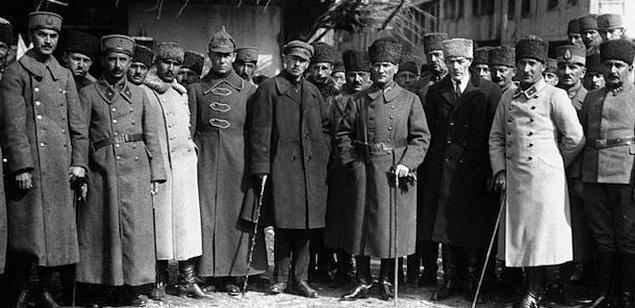 1964 - Türkiye - Sovyetler Birliği Kültür Anlaşması imzalandı.