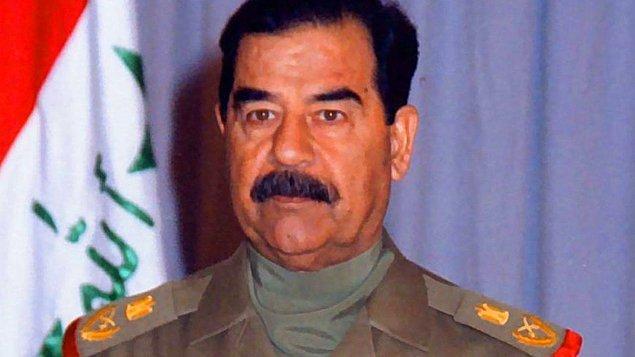 2006 - Irak'ın devrik lideri Saddam Hüseyin'e, bir kentte 148 Şiinin öldürülmesi suçundan idam cezası verildi.