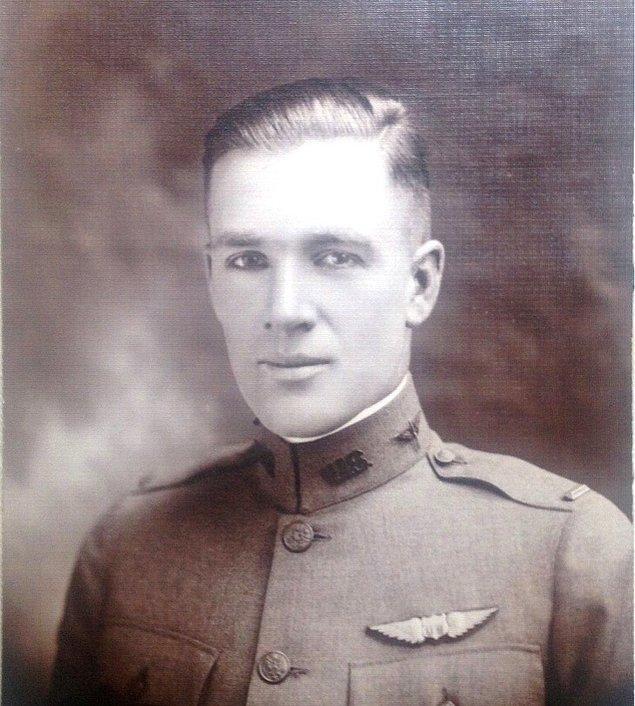 """19. """"Büyük büyükbabam, I. Dünya Savaşı'nda bir uçuş hocasıydı ve ben onun bir fotoğrafını buldum."""""""