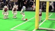 İnsanlara Rakip Olabilirler mi? Futbolcu Robotlar Hünerlerini Sergiledi!