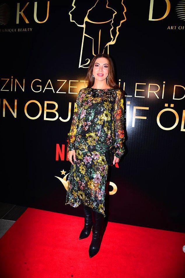 6. Ebru Yaşar