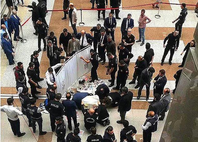 2. Bugün öğle saatlerinde İstanbul Adalet Sarayı'nda bulunanlar çok edici bir olayla karşılaştı; 35 yaşındaki İbrahim Özkan 7. kattan kendini aşağı bırakarak intihar etti.