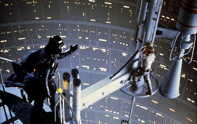 3. Star Wars'ın o efsane sahnesinde Darth Vader'ın ikonik repliği neydi?