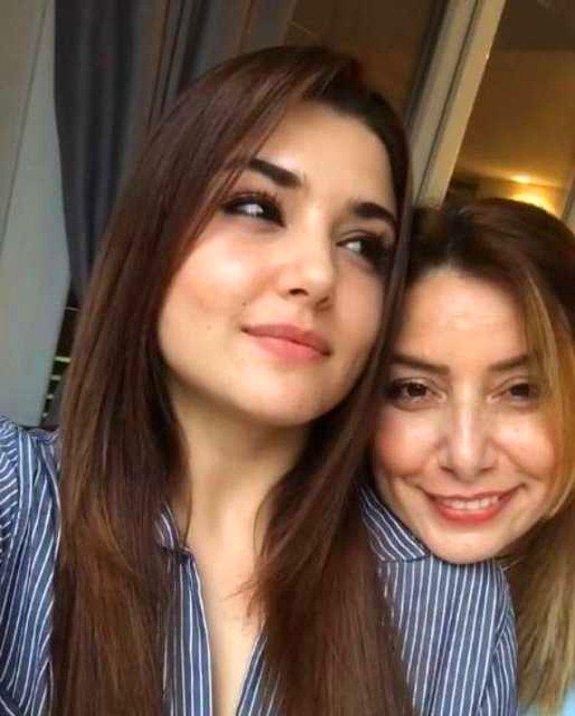 Hatırlarsanız Hande Erçel, geçtiğimiz ocak ayında Annesi Aylin Erçel'i kaybetmişti.