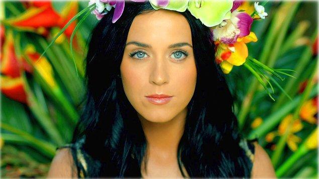 10. Katy Perry – Roar (2.94 Milyar)