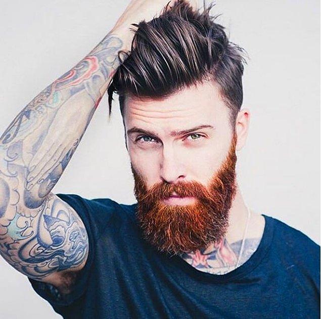 17. Uzun sakal ve topuz saç.