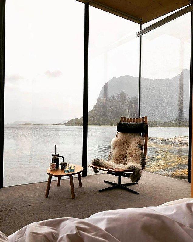 15. Sabah şu manzaraya karşı uyanmışsın, kalkıp o sandalyede kahveni yudumluyorsun...