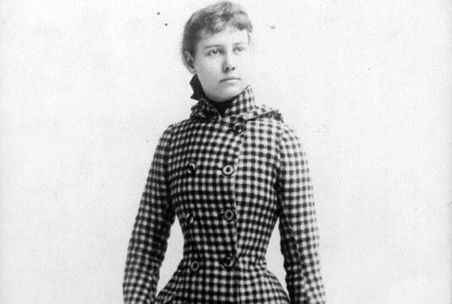 1895 yılında 31 yaşındaki Nellie Bly, 73 yaşındaki milyoner imlatçı Robert Seaman ile evlendi. Adamın sağlığı kötüleşince Bly gazeteciliği bıraktı ve Iron Clad İmalat Şirketi'nin başına geçti. 1904'te Seaman hayatını kaybetti.