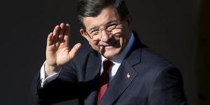 Davutoğlu Yeni Partinin Kuruluş Başvurusunu Yaptı: Adı ve Logosu Yarın Açıklanacak