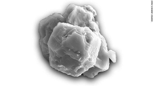 Karşınızda Dünya'nın gelmiş geçmiş en eski maddesi!