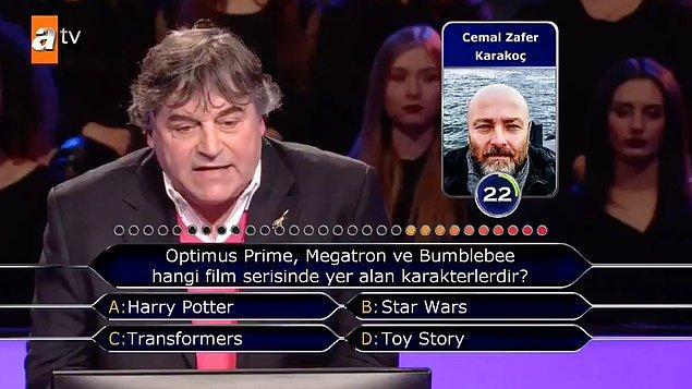 7. ATV'de yayınlanan Kim Milyoner Olmak İster? programına katılan yarışmacı, İngilizce telaffuzuyla ekranları başındakileri gülümsetti.