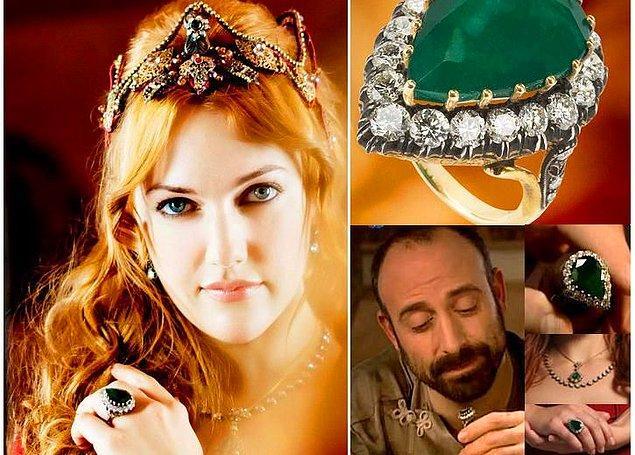 Osmanlı ve Arap ülkelerinde de alyans kültürü oldukça yaygındı. Yüzük; erkeklerde ihtişamın ve zenginliğin, kadınlarda da güzelliğin simgesi olarak görülüyordu. Altın işlemeciliği ve taşlarla süslemeler çok revaçtaydı.
