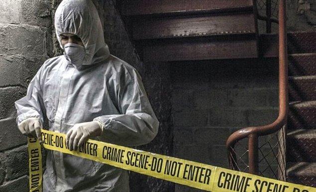 Neil Smithers'a göre yaptığı iş herhangi sıradan bir işten farksız... Çalıştığı şirket ise kan, ceset, vücut parçaları ve cinayet yerlerinin temizliğinden sorumlu bir firma.