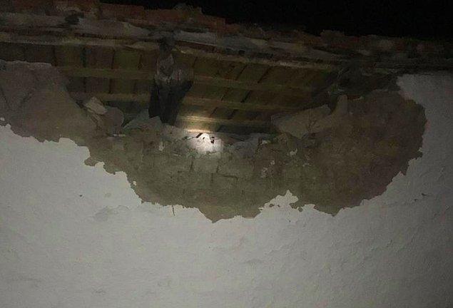 Manisa Valisi: Birkaç evin yıkıldığı bilgisi var