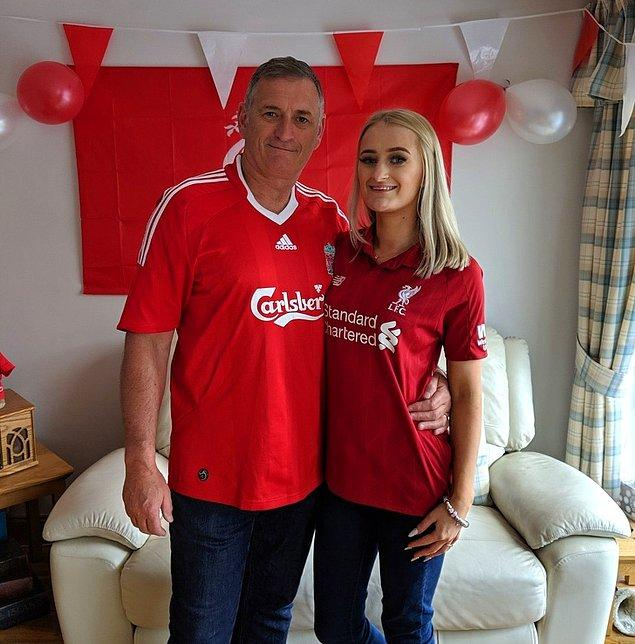 """9. """"Liverpool'un daha önce hiç lig şampiyonu olduğunu görmedim ve bunu özellikle babam için çok istiyorum. Aldığımız maçlardan sonra tepkisini özellikle izliyorum ve lig şampiyonu olduğumuzda nasıl olacağını düşünmeme sebep oluyor. Bu adam her şeyi hak ediyor ve tek istediği bu sene kupayı alabilmek."""""""