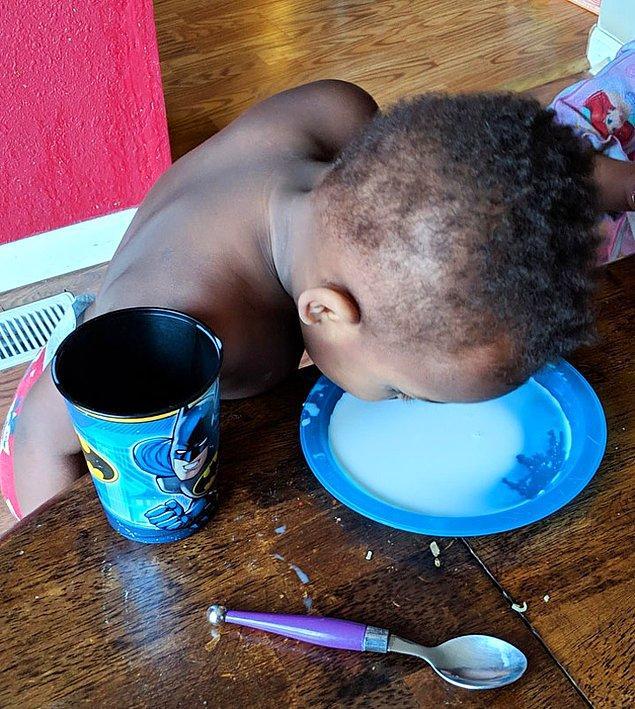 """1. """"Oğlum sütünü bardaktan içmeyi reddetti..."""""""