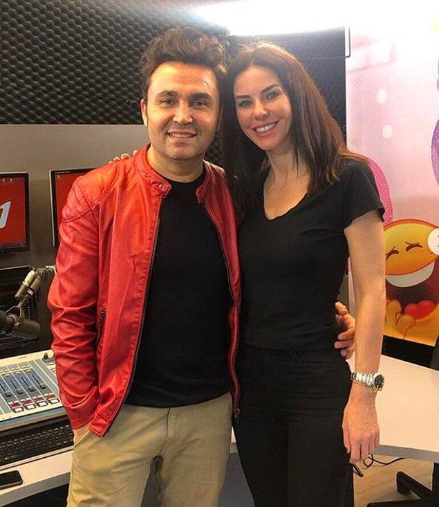 Defne Samyeli, Kadir Çetin'in radyo programına konuk oldu.