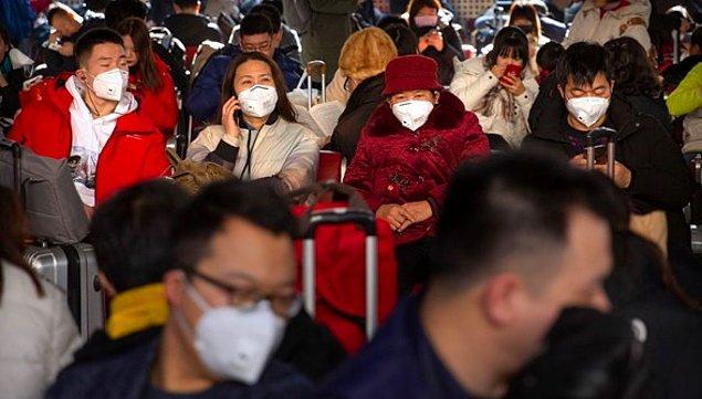 """9. Çin'in Vuhan kentinde ortaya çıkan ve zatürreye benzetilen """"gizemli"""" hastalığa neden olan koronavirüsü; Japonya, Güney Kore ve Tayland'ın ardından ABD'ye sıçradı. Avustralya'da da bir kişide virüs belirtileri görüldüğü açıklandı. Dünya Sağlık Örgütü acil toplantı kararı aldı."""