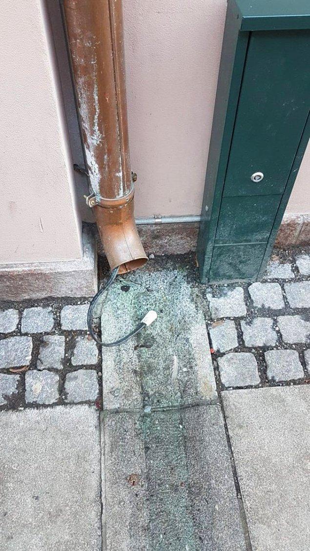 """19. """"Yağmur giderinden neden kablo geçiyor? Oslo, Norveç."""""""