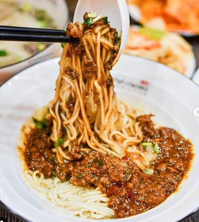 18. Lanzhou makarna çorbası: