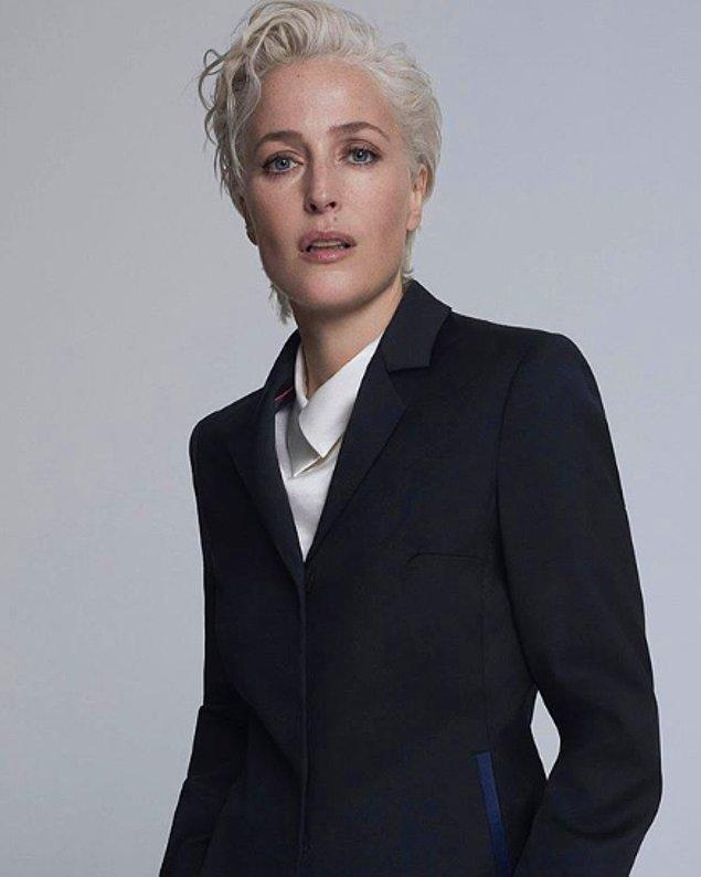 Sizi 51 yaşında olmasına rağmen hala taş gibi olan Gillian Anderson'ın fotoğraflarıyla baş başa bırakıyoruz…