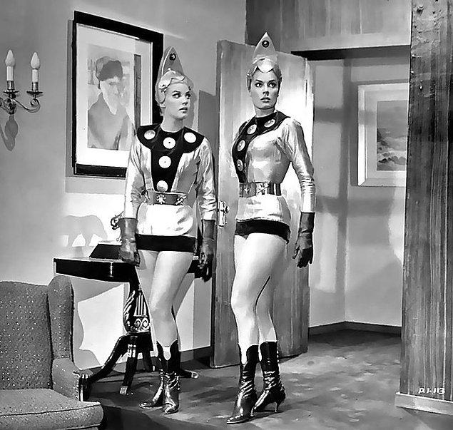 Planet of the Female Invaders - 1967