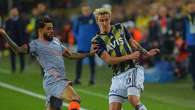 Süper Lig'in 19.haftasının en önemli maçında Fenerbahçe sahasında Medipol Başakşehir'i konuk etti.