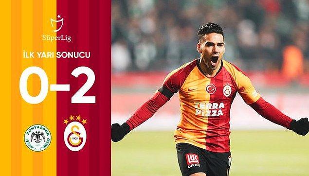 Karşılaşmanın ilk yarısı 2-0'lık Galatasaray üstünlüğüyle sona erdi.