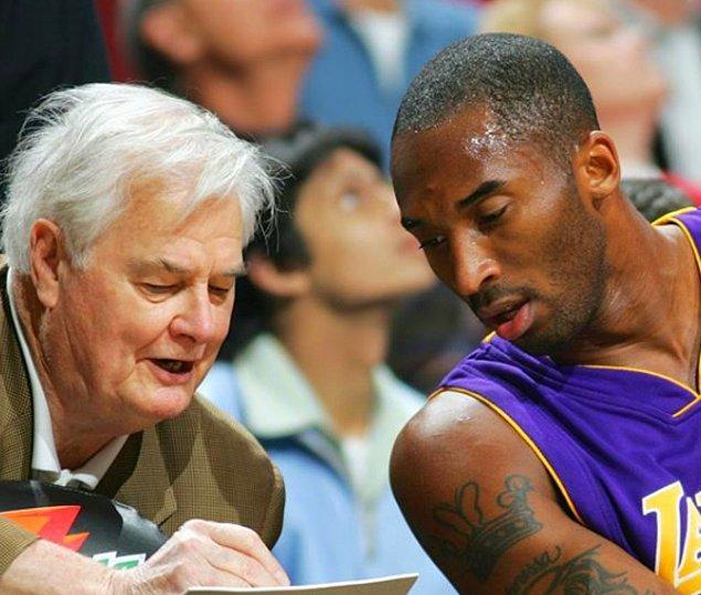 2009 ve 2010 yıllarında, 2 yıl üst üste finallerin en değerli oyuncu unvanını elde etti.  NBA All Star'da 2002,2007,2009,2011 yıllarında dört defa en değerli oyuncu seçildi.