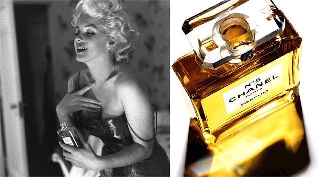 8. Chanel No.5: Yılların eskitemediği koku tesadüf eseri ortaya çıkmış ve tüm zamanların en popüler parfümleri arasında yer almıştır. Marlyn Monroe onu koklamadan uyuyamıyordu.