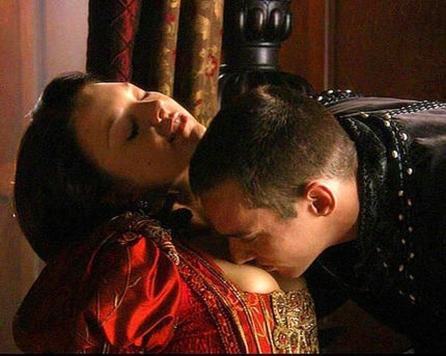 5. Anne Boleyn - Tudors