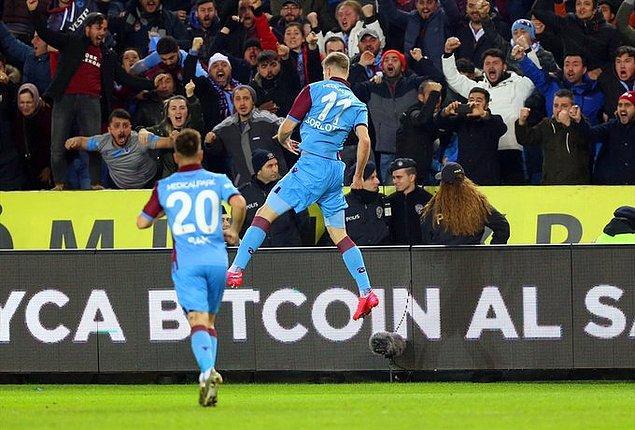 Kalan bölümde başka gol olmadı ve Trabzonspor, mücadeleden 2-1'lik galibiyetle ayrıldı.